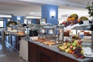 ресторан в отеле для тренировочных сборов