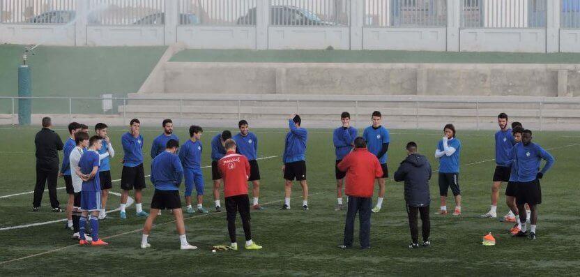вакансии футбольного агентства